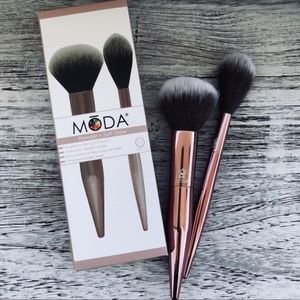 MODA Brushes Powder + Soft Glow